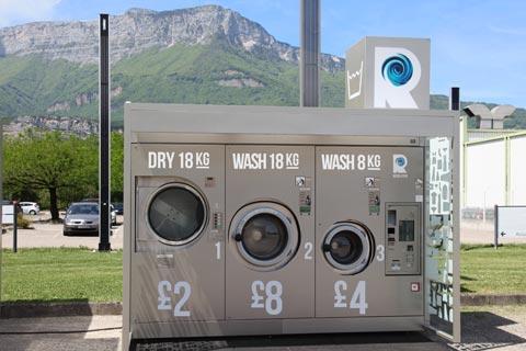 Selbstbedienungs-wäscherei vor Ort